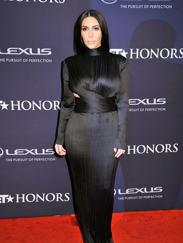 Kim elle kardashian uk january rare photo