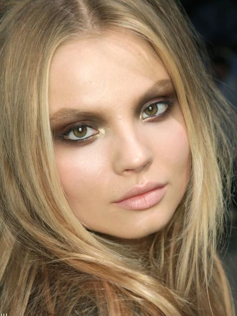 <p><strong>The look: </strong>Autumnal shades reigned supreme on the catwalks. Coffee, mushroom, taupe and khaki hues were chosen over greys and blacks to create smoky eyes from subtle to sultry.</p><p><strong>Seen at:</strong> Chloe, Anna Sui and Roberto