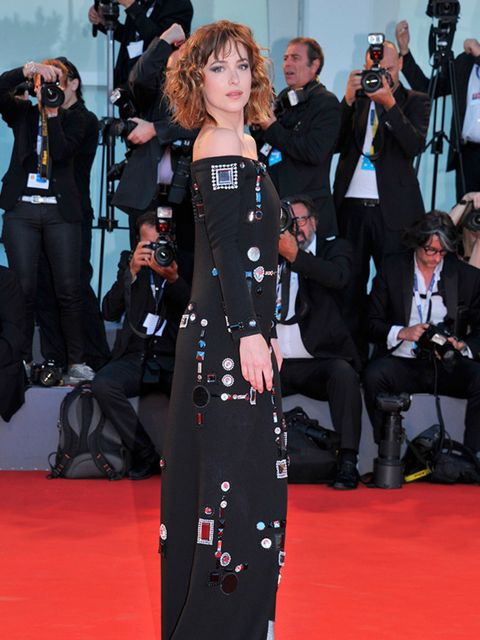 <p>Dakota Johnson attends the 'A Bigger Splash' premiere at the 72nd Venice Film Festival, September 2015.</p>