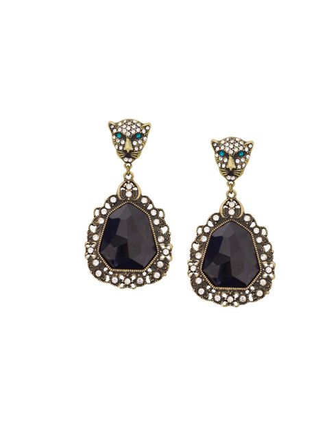 "<p><a href=""http://www.zara.com/webapp/wcs/stores/servlet/home/uk/en/"">Zara</a> drop earrings, £9.99</p>"