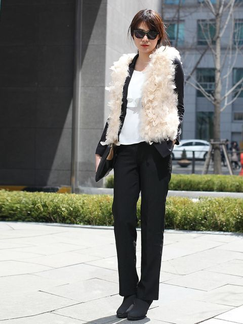 <p>Fashion Editor. Wearing all Korean street shop brands and JOHNNY HATES JAZZ clutch.</p>