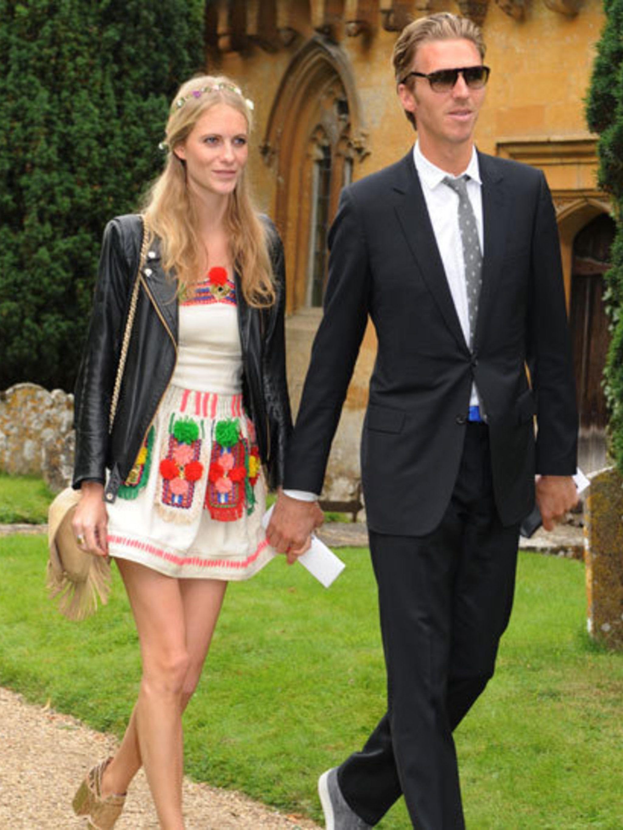 Lady Mary Charteris wears Pam Hogg on her wedding day | Elle UK
