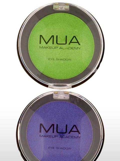 <p>These eyeshadows are impressive for £1 – they are so purse friendly we recommend you snap up both these shades. The colours are vivid and will be the perfect addition to your festival/holiday make-up bag. </p><p>Eyeshadow in Shade 5- Pearl and Shade 9-