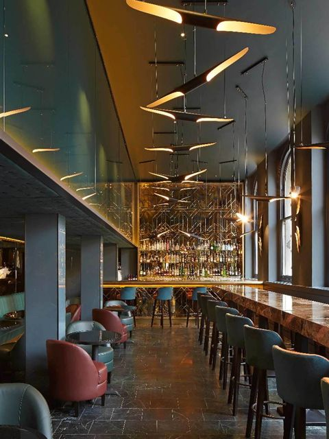 <p>London's original American restaurant, Christopher's is back. The Art Deco martini bar is great for a date and at weekends it's all about the States-style brunch: think blueberry pancakes, Eggs Maryland and a huge selection of smoothies and juices (all