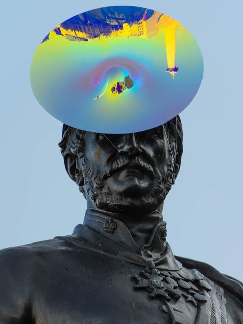 <p>The Sir Henry Havelock sculpture in Trafalgar Square, wearing a hat by Philip Treacy</p>