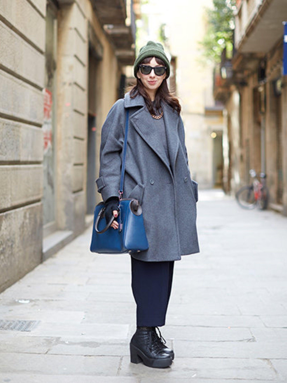 <p>Elsa Bonfejelo wears: Max &amp&#x3B; Co coat, Zara top and trousers, vintage hat, Serapiam bag, Prima Dona shoes.</p>