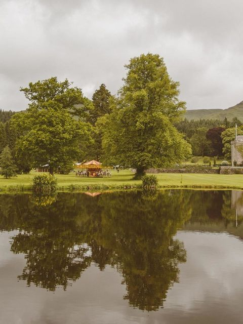 James and I knew that we wanted to get married in Scotland as his family are all from there. We chose a 15th castle called Duntreath castle as our wedding venue. Situated in Strathblane, Blanefield it was about fourty minutes' drive outside of Glasgow's b