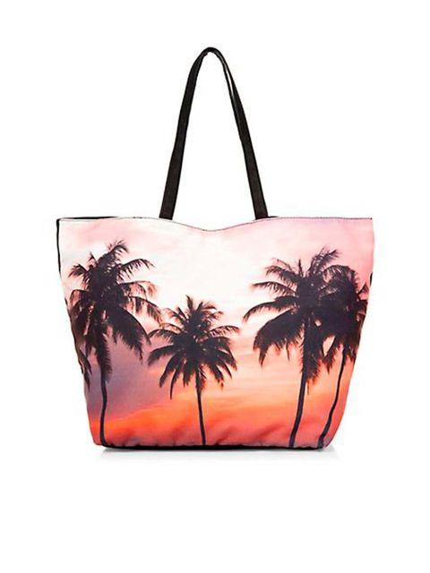 """<p>Sunset.. </p><p>Palm print tote £12.99 from <a href=""""http://www.newlook.com/shop/womens/bags-and-purses/pink-palm-tree-shopper-bag-_298237299"""">New Look</a></p>"""