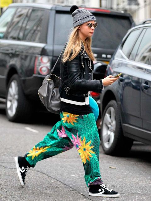 <p>Cara Delevingne in her off-duty look</p>