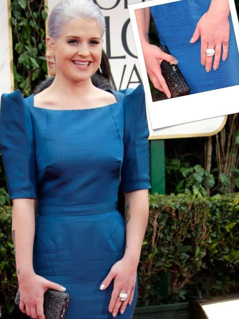 <p>Kelly Osbourne's glitter nails at the 2012 Golden Globes</p>