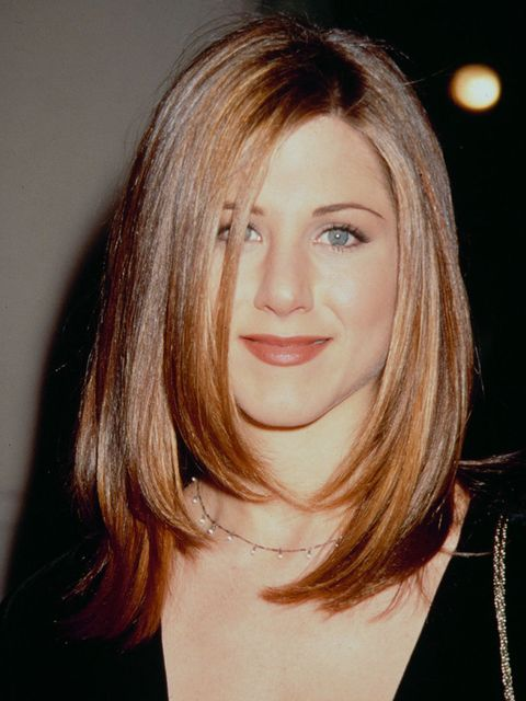 <p>With a sleek, grown-up cut in January 1995.</p>