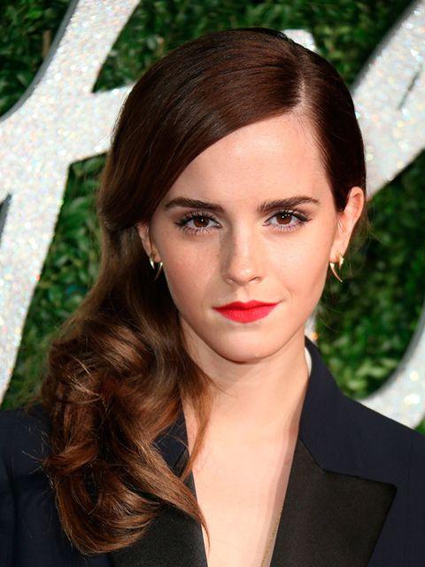 "<p><a href=""http://www.elleuk.com/fashion/celebrity-style/emma-watson-s-style-file"">Emma Watson</a></p>"