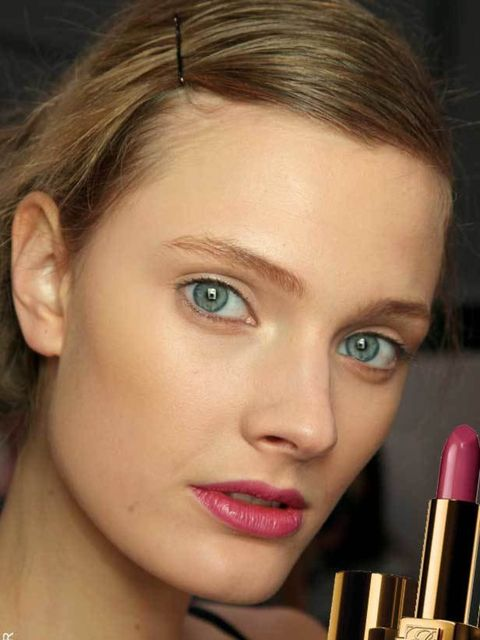 "<p>ELLE loves this rich, pink berry lip. Slick on Estee Lauder's Pure Color Lipstick in Raspberry, £18.50 (<a href=""http://www.esteelauder.co.uk/"">Estee Lauder</a>). A dusting of bronzer and a slick of mascara will complete the look.</p><p><a href=""http:/"