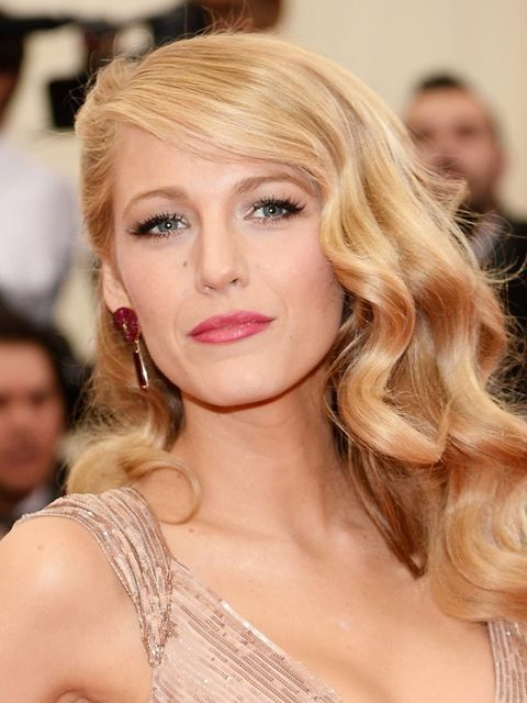 "<p><a href=""http://www.elleuk.com/fashion/celebrity-style/blake-lively"">Blake Lively</a></p>"