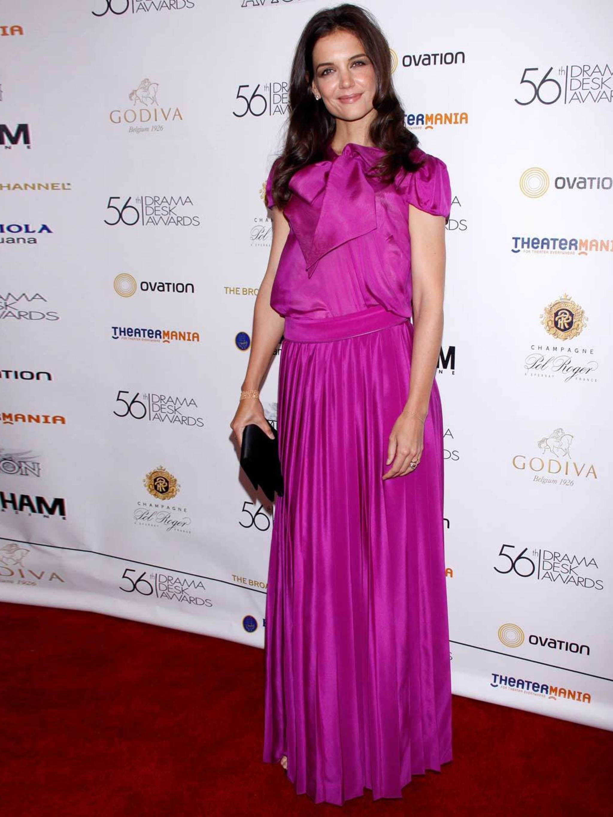 picture Katie Holmes Mixes Athletic and Evening Wear