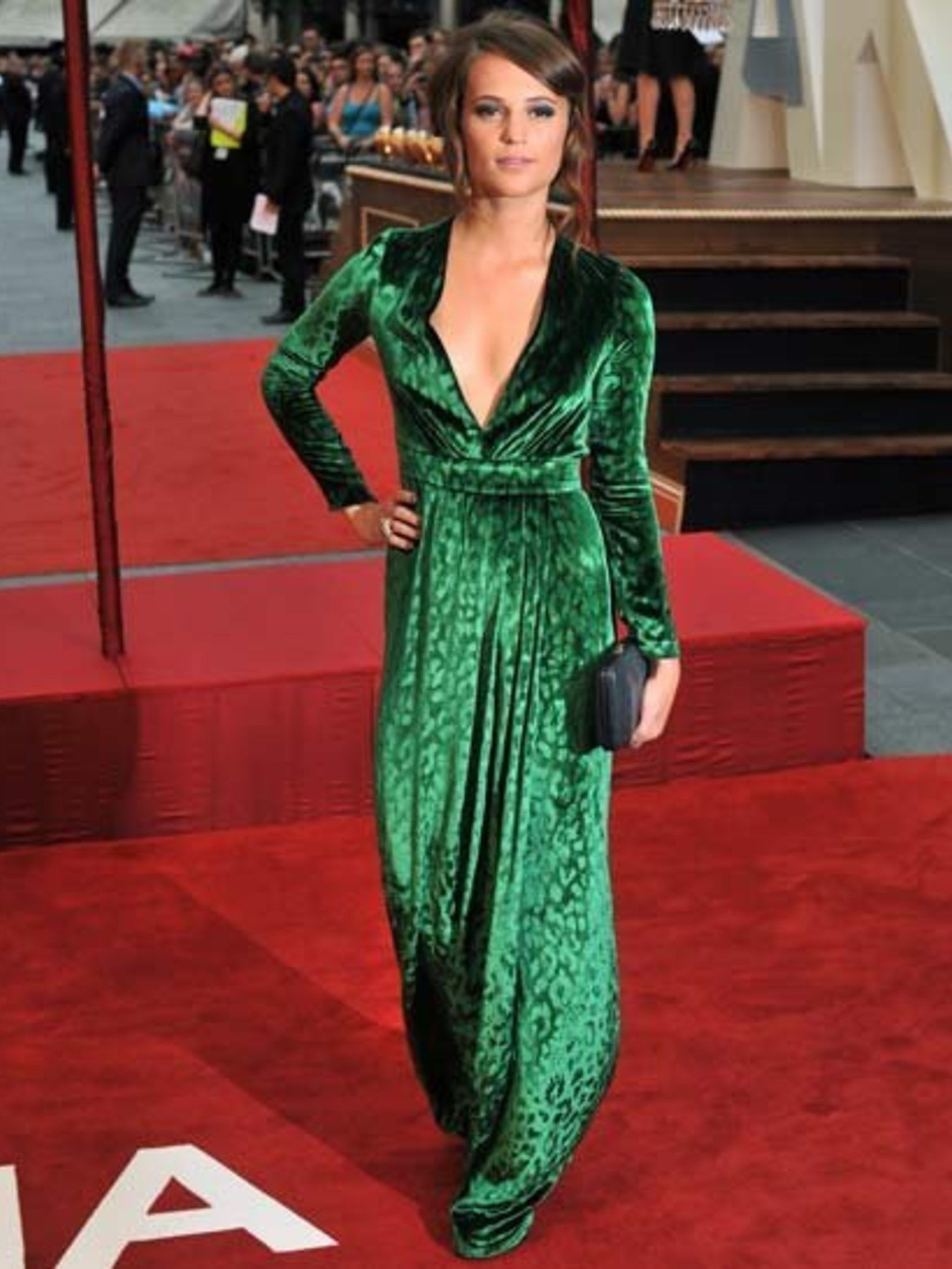 <p>Alicia Vikander wears Gucci at the World Premiere of Anna Karenina in London Leicester Square.</p>