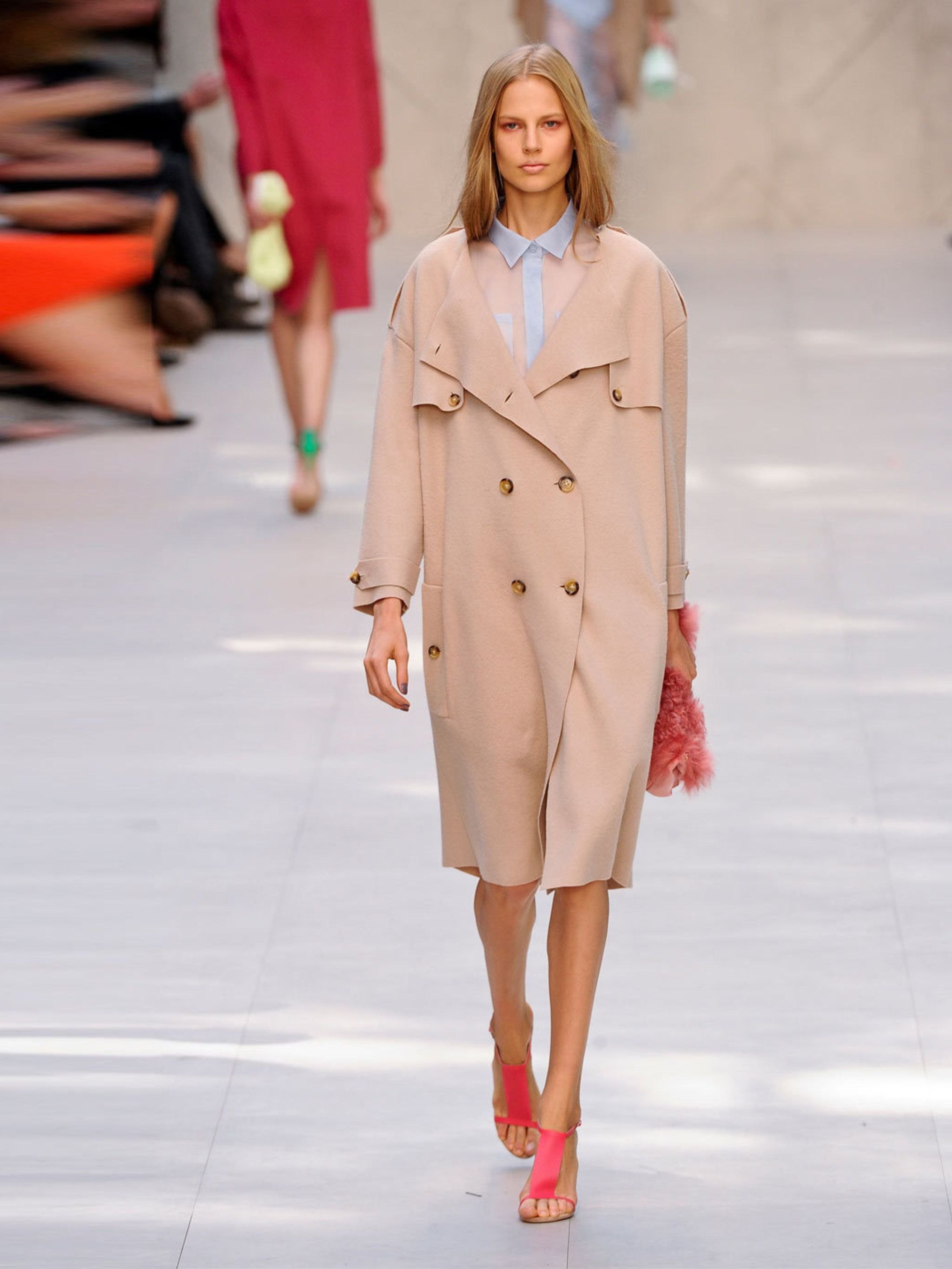images Olympia Le-Tan SpringSummer 2019 RTW Offers Sixties Retro Looks