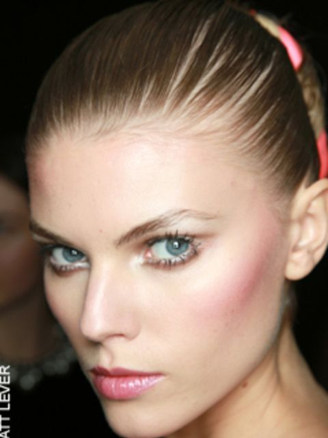 """<p><a href=""""http://www.elleuk.com/catwalk/collections/zac-posen/spring-summer-2010/collection"""">Click here to see the Zac Posen show...</a></p>"""