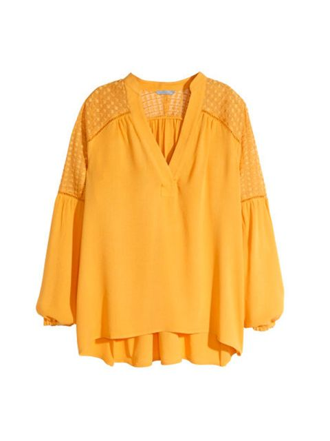 "<p><a href=""http://www.hm.com/gb/product/91288?article=91288-A"" target=""_blank"">H&M</a> Blouse, £24.99</p>"