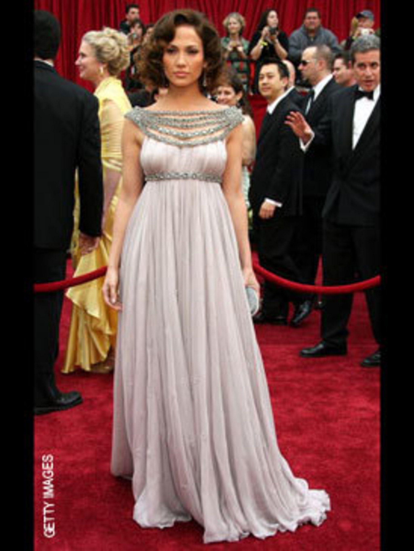 <p>Jennifer Lopez in Marchesa</p>