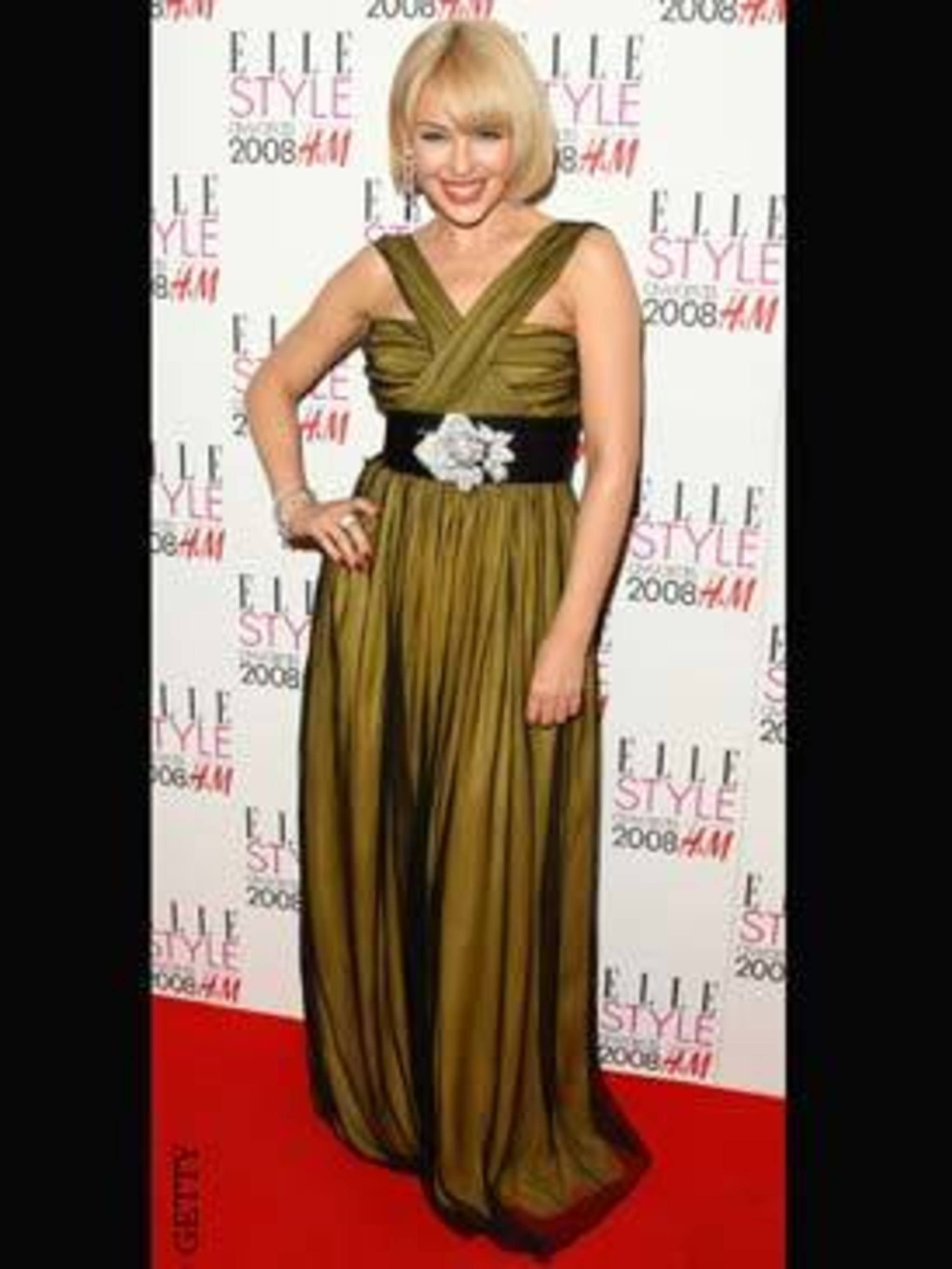 <p>Kylie Minogue in Dolce and Gabbana</p>