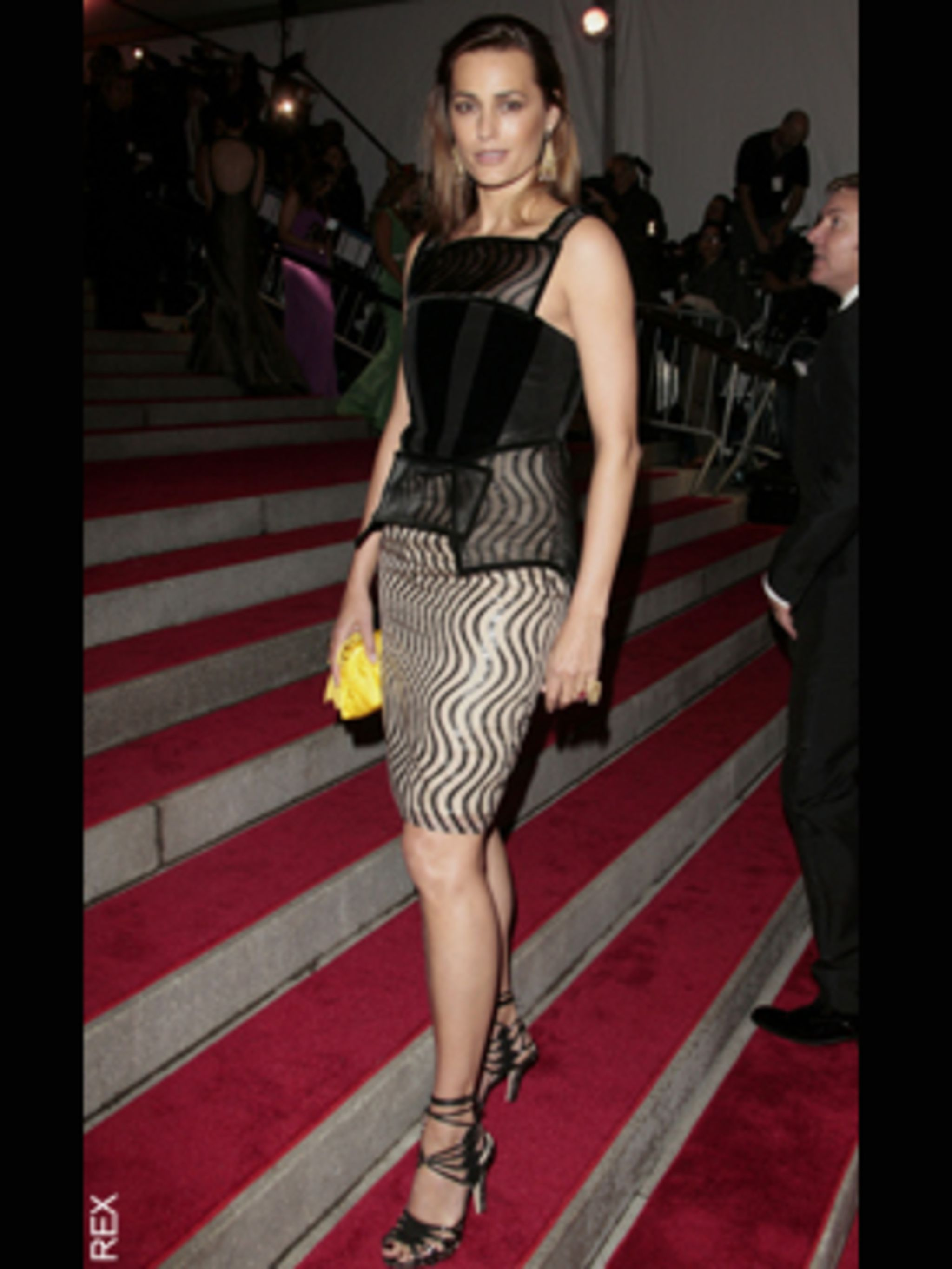 <p>Yasmin Le Bon in Christopher Kane</p>
