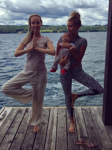 "<p><span style=""line-height:1.6"">'Fitness + babysitting @chynna_phillips'</span></p>"