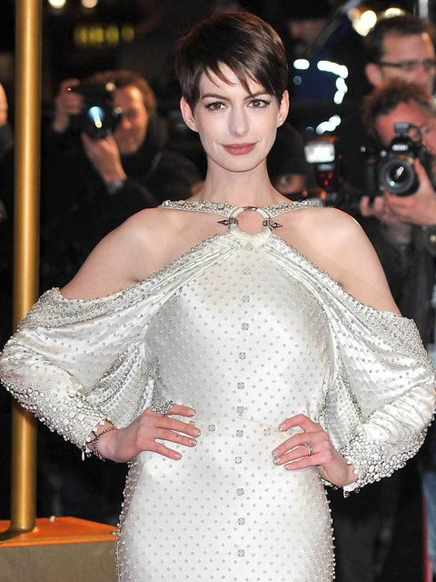 <p>Anne Hathaway in Givenchy</p>