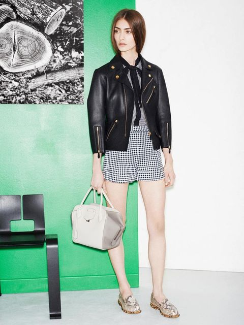 <p>The Louis Vuitton Icons Collection s/s 2014, inspired by Charlotte Perriand. Look 15.</p>
