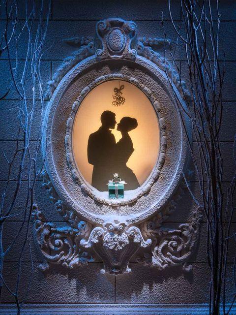 <p>Tiffany &amp&#x3B; Co's Christmas windows, 2012.</p>