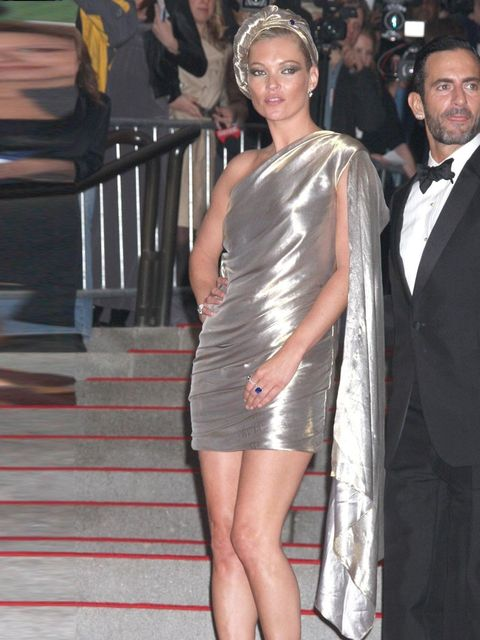 "<p>Kate Moss wears a liquid gold draped gown by <a href=""http://www.elleuk.com/catwalk/designer-a-z/marc-jacobs/spring-summer-2013"">Marc Jacobs</a> with accompanying turban designed by milliner <a href=""http://www.elleuk.com/fashion/news/do-the-hatwalk"">S"
