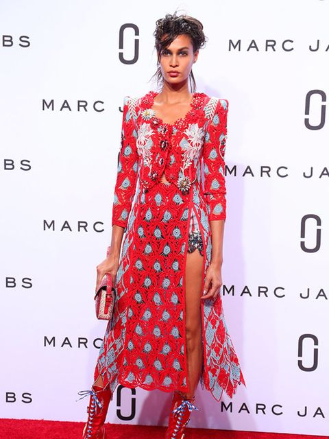 Joan Smalls on the catwalk at the Marc Jacobs s/s 16 show.