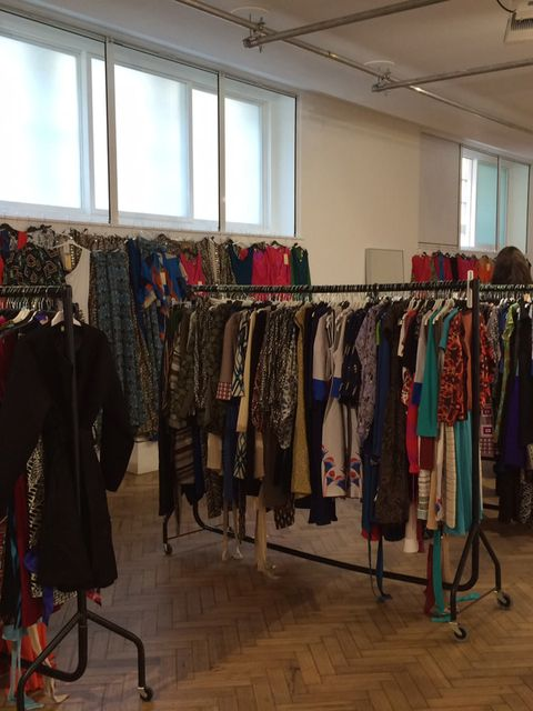 <p>SHOPPING: Browns Labels for Less Pop Up Sale at The Music Room </p><p>Get set to leave the office at five on the dot come Friday because the Browns sample sale will be all wrapped up by 8pm and if ever there's a shopping event you can't afford to miss,