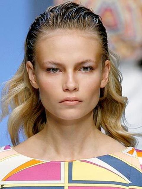 <p>Opposites Attract Can't decide between wet look or glossy, curly or straight, texture or smooth – then don't. At Milan Fashion Week the hair was all about working a bit of everything, after all it's boring to have to choose. Models marched the catwalks