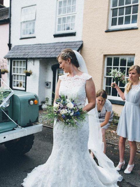 Elle Wedding Emma Phil