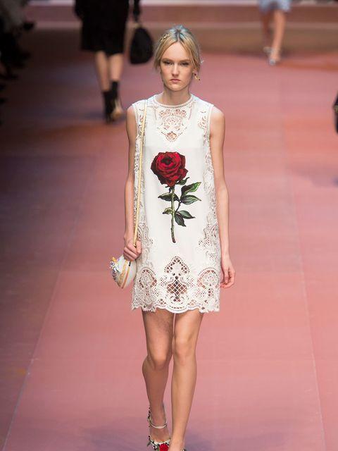 """<p><a href=""""http://www.elleuk.com/catwalk/dolce-gabbana/autumn-winter-2015"""" target=""""_blank"""">Dolce & Gabbana</a></p>"""