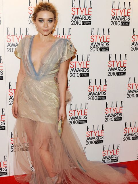 <p>Ashley Olsen in a stunning Christian Lacroix dress with tulle train </p>