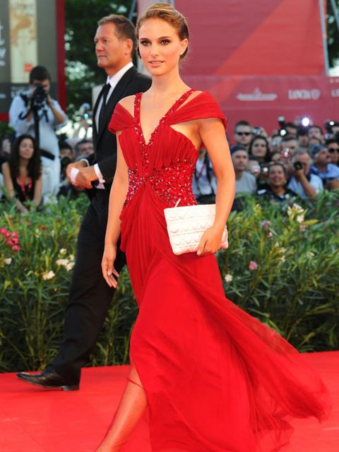 "<p><a href=""http://www.elleuk.com/catwalk/collections/rodarte/"">Natalie Portman</a> in <a href=""http://www.elleuk.com/catwalk/collections/rodarte/"">Rodarte</a> </p>"
