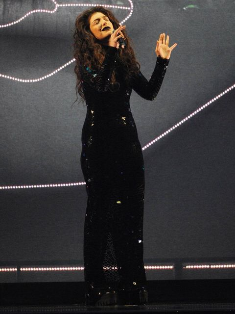 <p>Lorde performs at the BRIT Awards 2014.</p>