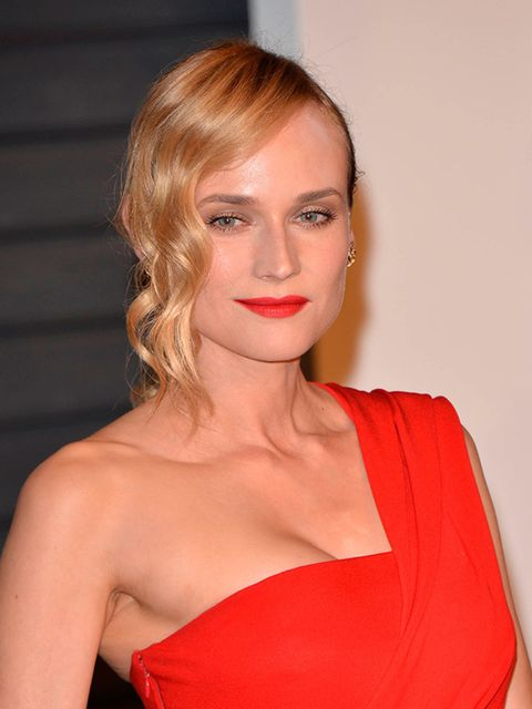 <p>Diane Kruger shows how to make red lips look effortless.</p>