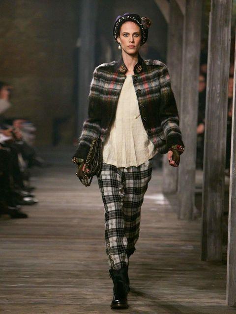 <p>Chanel Pre-Fall 2013</p>