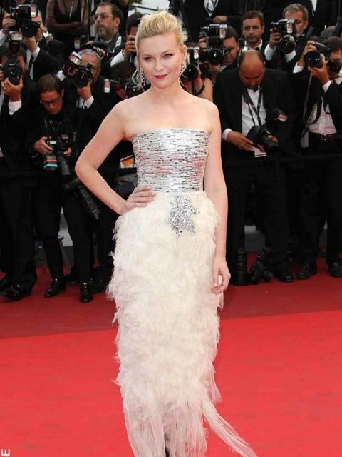"""<p><a href=""""http://www.elleuk.com/starstyle/style-files/(section)/kirsten-dunst"""">Kirsten Dunst</a> in <a href=""""http://www.elleuk.com/catwalk/collections/chanel/"""">Chanel</a> Couture at The Winners photocall at the Cannes Film Festival, May 2011</p>"""