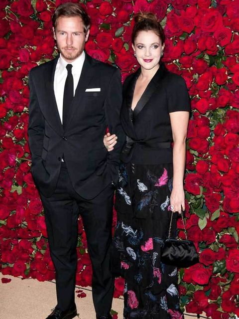 "<p><a href=""http://www.elleuk.com/starstyle/style-files/(section)/drew-barrymore"">Drew Barrymore</a> hits the red carpet in a feather print dress at the Museum of Modern Art's 4th Annual Film benefit 'A Tribute to Pedro Almodovar' in New York, 15 November"