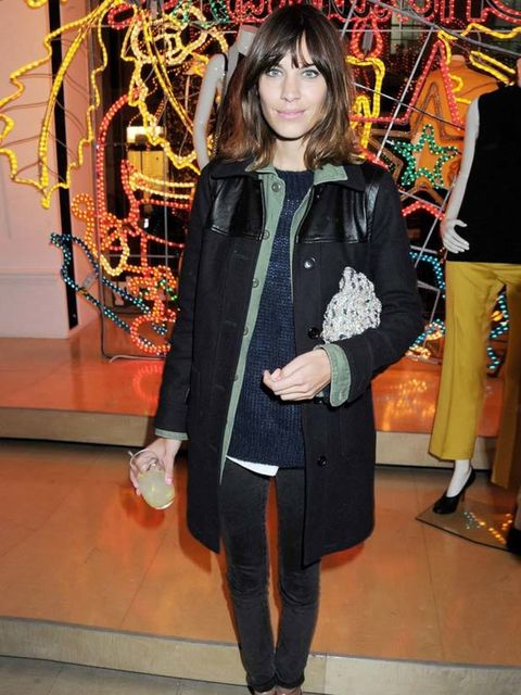 "<p><a href=""http://www.elleuk.com/starstyle/style-files/(section)/alexa-chung"">Alexa Chung</a> layers up at the Christmas lighting of Stella McCartney's Bruton Street store, 29 November 2011</p>"