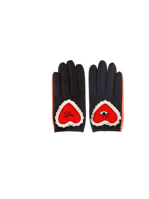 <p>Rather than sulking now that winter has well and truly set in, team ELLE are responding true to form - by seeking out the best knitwear, gloves and hats that the high street has to offer.</p><p>Putting on these (slightly bonkers) embroidered heart glov