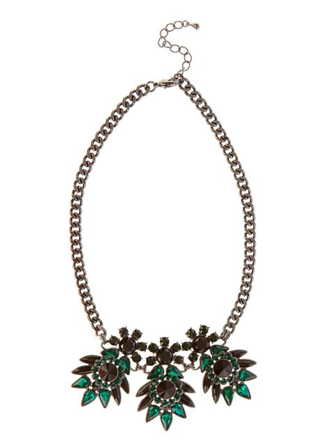 "<p><a href=""http://www.coast-stores.com/p/corine-necklace/1481644?locale=en"" target=""_blank"">Coast </a>necklace, £35 </p>"