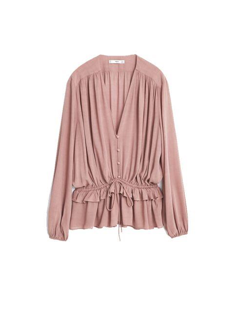 "<p><a href=""http://shop.mango.com/GB/p0/women/clothing/shirts/fluted-hem-blouse/?id=53017625_85&n=1&s=prendas.blusas&ident=0__0_1444146426397&ts=1444146426397"" target=""_blank"">Mango</a> top, £39.99</p>"