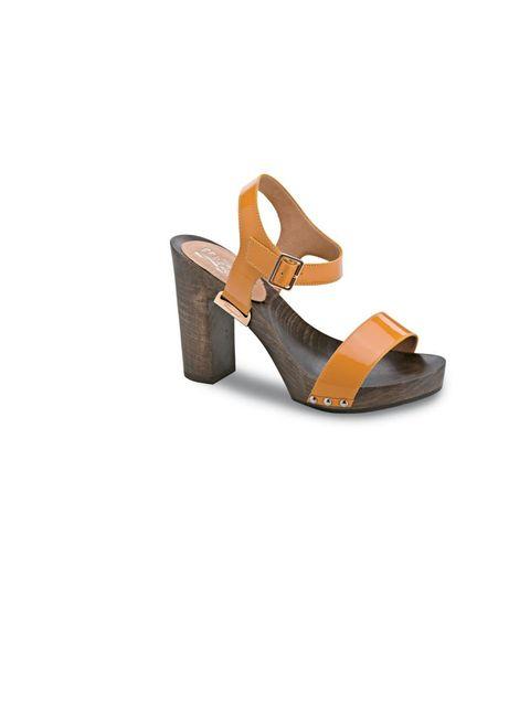 """<p><a href=""""http://www.ferragamo.com/webapp/wcs/stores/servlet/TopCategories_30151_35051"""">Salvatore Ferragamo</a> sandals, £305</p>"""