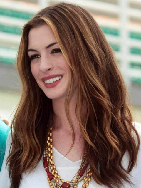 """<p><a href=""""http://www.elleuk.com/beauty/celeb-beauty/celeb-hair/%28section%29/anne-hathaway-s-oscar-hair-changes"""">See how to get all eight of Anne's Oscars hairstyles...</a></p>"""