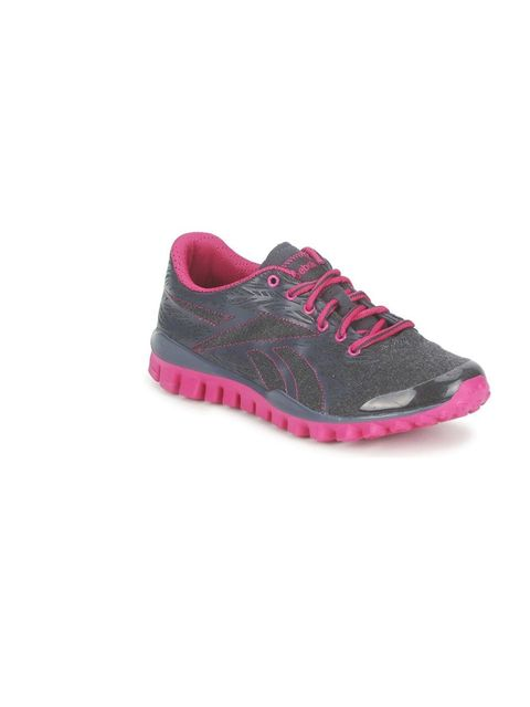 """<p><strong><a href=""""http://shop.reebok.com/GB/search?t=realflex&cm_sp=Brand-_-ProductBLock-_-Shop_RealFlex&cm_sp=Brand-_-ProductBlock-_-Custom_fitness_menswomens_realflex_RealFlex_promo"""">Reebok</a> RealFlex Train £65</strong></p><p><strong>Weight:"""